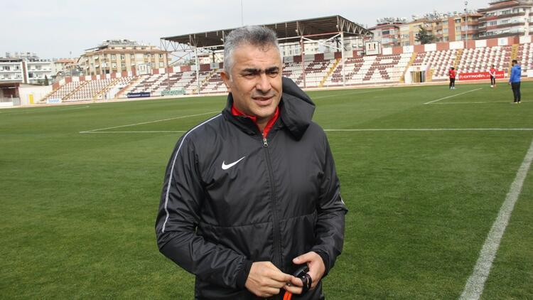 Mehmet Altıparmak: ''12 maç sonra Süper Lig'e çıkacağız''