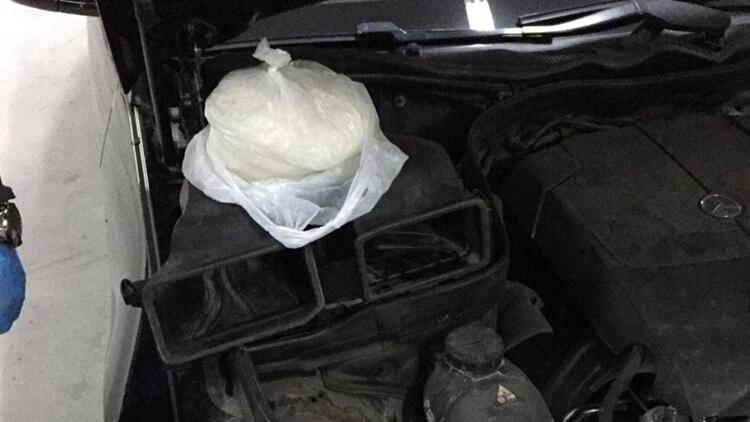 Kuşadası'nda 2'si yabancı uyruklu, 3 kişiye uyuşturucu gözaltısı