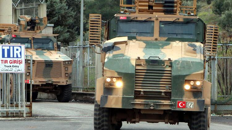 İdlib'den askeri araçlar geldi
