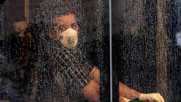 Azerbaycan'dan İran'a seyahat edecek vatandaşlarına 'koronavirüs' uyarısı