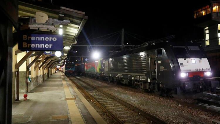 Avusturya, Kovid-19 salgını nedeniyle İtalya'dan tren seferlerini durdurdu