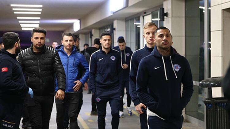 Kasımpaşalı futbolcular, Nursal Bilgin için hastaneye gitti