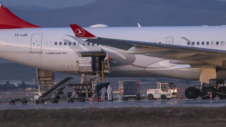 İran'dan Türk vatandaşlarını getiren uçağın dezenfekte işlemi tamamlandı