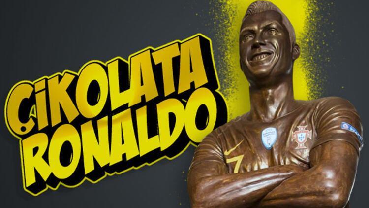 Çikolatadan Cristiano Ronaldo heykeli yaptı!