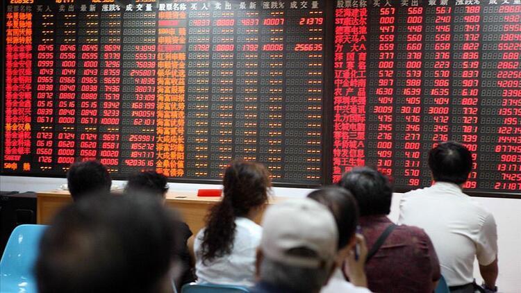 Salgın, Çin'in üretim kapasitesini yarıya yakın düşürdü