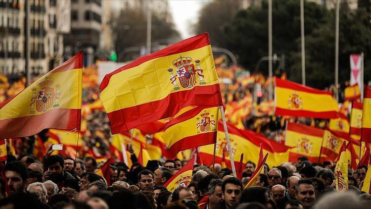 İspanya'da tarım işçileri gösterilerini sürdürüyor