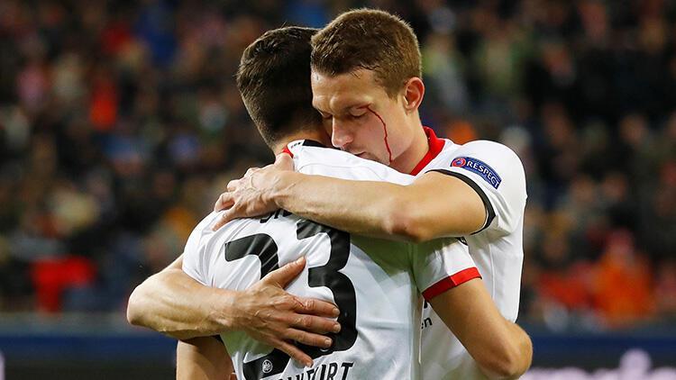 Eintracht Frankfurt, Salzburg'u eledi!
