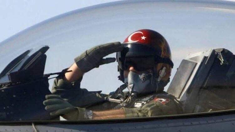 Bakan Çavuşoğlu paylaştı! 'Bayrağımıza uzanan tüm hain elleri kıracağız'