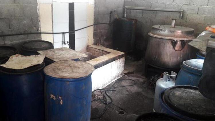 Adana'da 940 bin lira değerinde kaçak sigara ve içki ele geçirildi