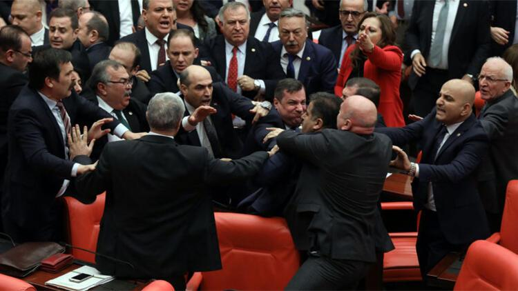 Son dakika haberler... Cumhurbaşkanı Erdoğan'dan CHP'li Engin Özkoç'a 1 milyon TL'lik dava