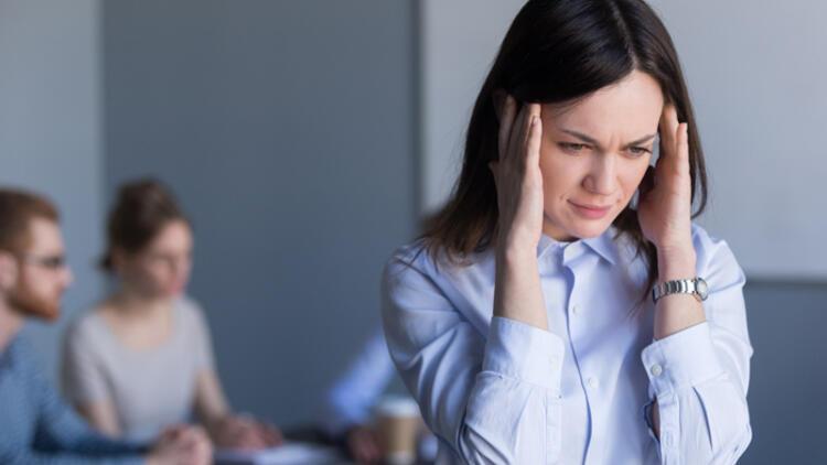 Panik atak nedir? Nedenleri, belirtileri, tedavisi