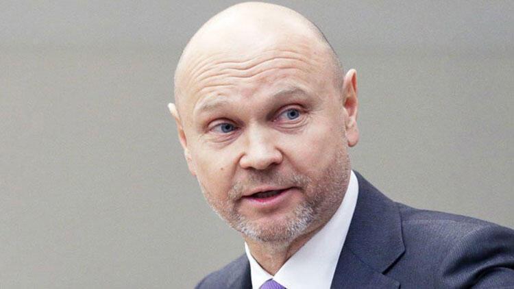 Karantinayı reddeden Rus milletvekiline Meclis'e giriş yasağı