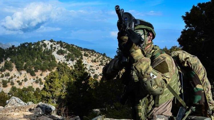 Son dakika... MSB duyurdu: 10 PKK/YPG'li terörist etkisiz hale getirildi