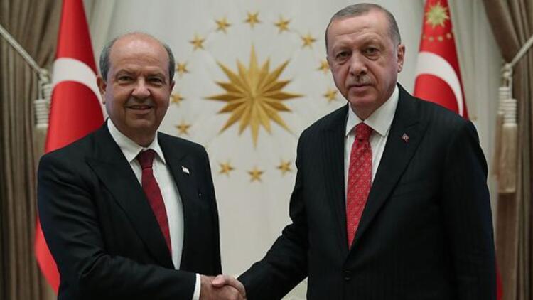 Son dakika haberi: Cumhurbaşkanı Erdoğan, KKTC Başbakanı Ersin Tatar ile görüştü