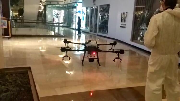 AVM'de drone ile temizlik dönemi