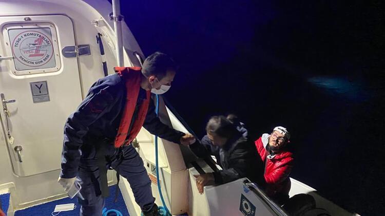 Yunan askerlerinin geri ittiği göçmenleri, Muğla'da Sahil Güvenlik ekibi kurtardı