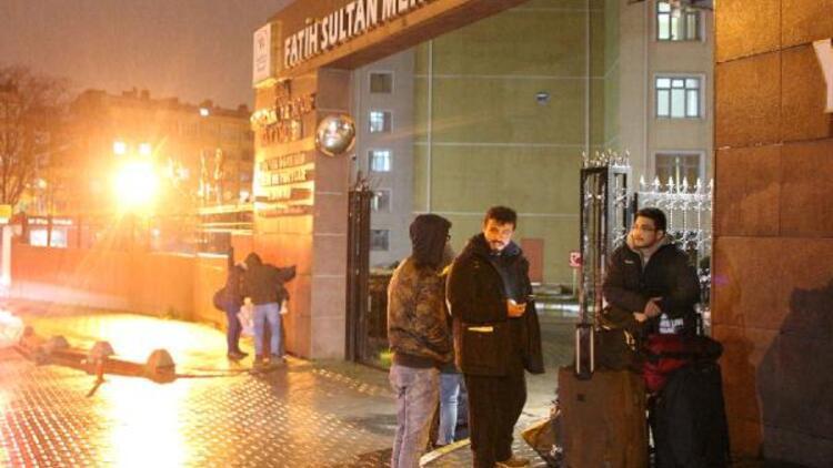 İstanbul'da bazı öğrenci yurtları Corona Virüsü önlemleri kapsamında boşaltıldı