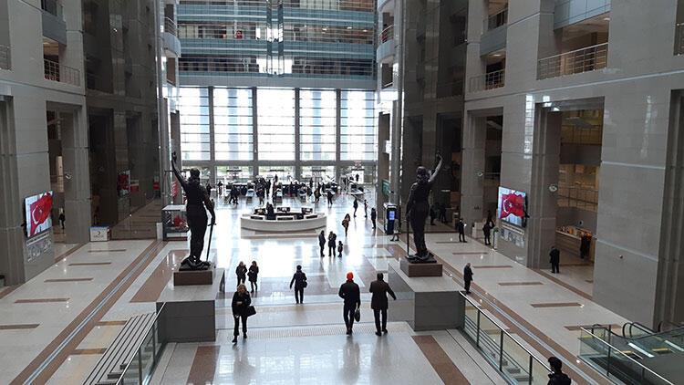 İstanbul Barosu'ndan Corona Virüse karşı avukatlara 'acil' mesaj