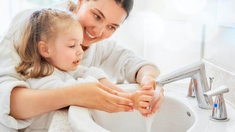 Çocuğunuza koronavirüsü yaşına uygun bir dille anlatın