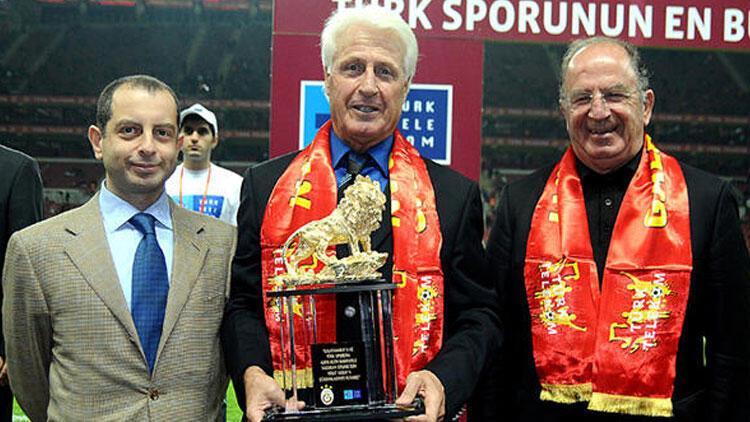 Son Dakika   Galatasaray ve Milli Takım'ın eski kalecisi Nihat Akbay vefat etti
