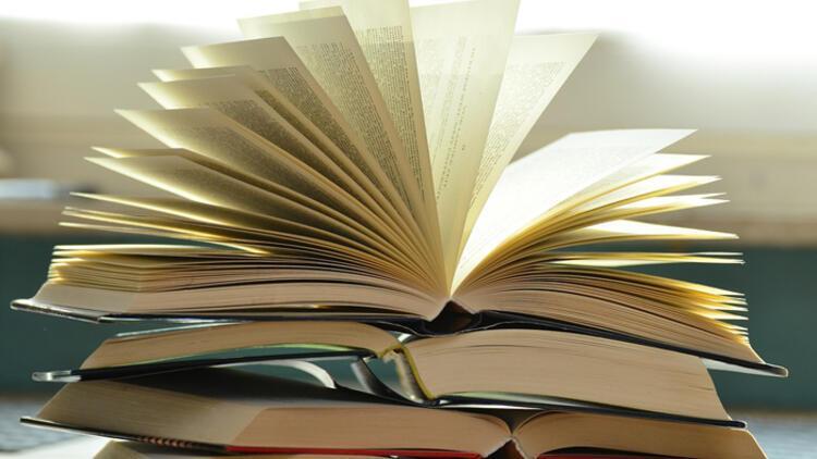 Evde keyifle okuyabileceğiniz 10 sürükleyici kitap