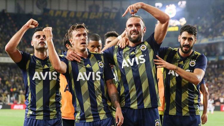 Son Dakika: Fenerbahçe'de Max Kruse corona virüsü belirtisiyle hastanede