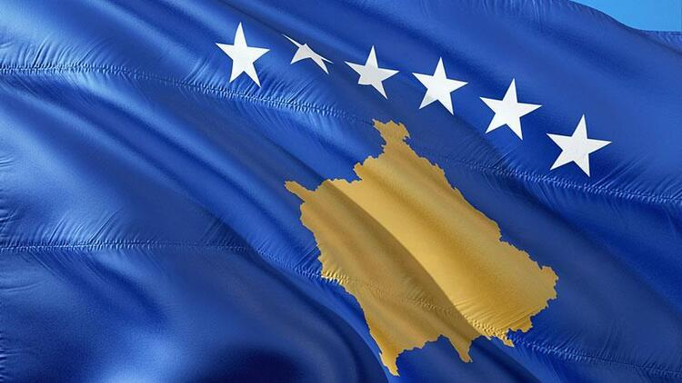 Kosova'da koalisyon hükümeti görevden düştü