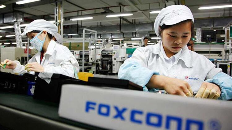Koronavirüs Apple'a da patladı, iPhone üretimi durduruldu