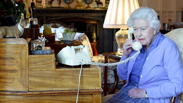 Kraliçe Elizabeth'ten 'Sağlıklıyım' mesajı