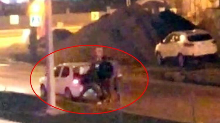 Dövüp otomobilin bagajına koydular! Polis kurtardı...