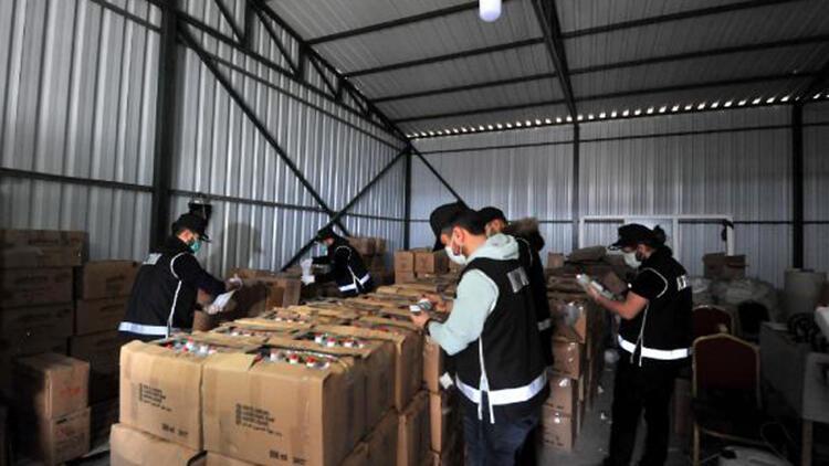 Bursa'da kaçak üretilen 20 ton dezenfektan ele geçirildi