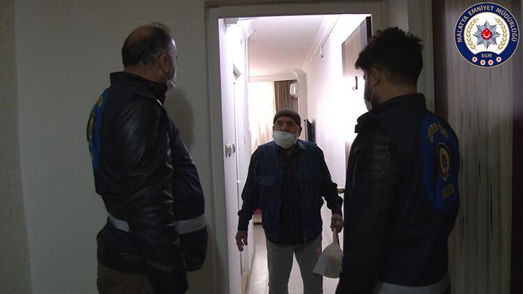 Polis, 65 yaş ve üstü vatandaşların ihtiyaçlarını evlerine teslim ediyor
