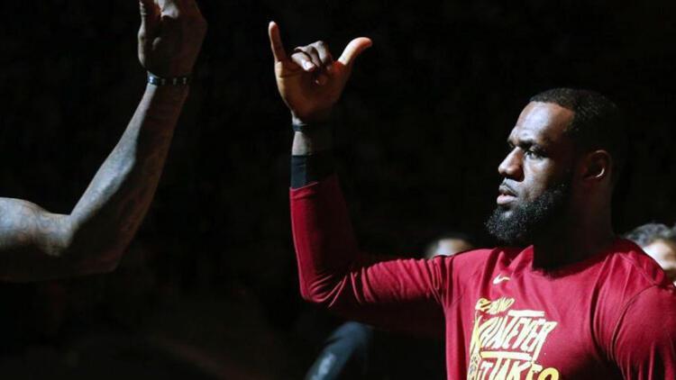 LeBron James: Seyirci olmayan bir spor müsabakasını hayal edemiyorum