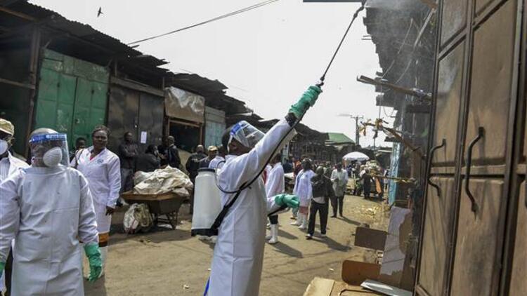 Kenya'da Kovid-19 nedeniyle kısmi sokağa çıkma yasağı ilan edildi