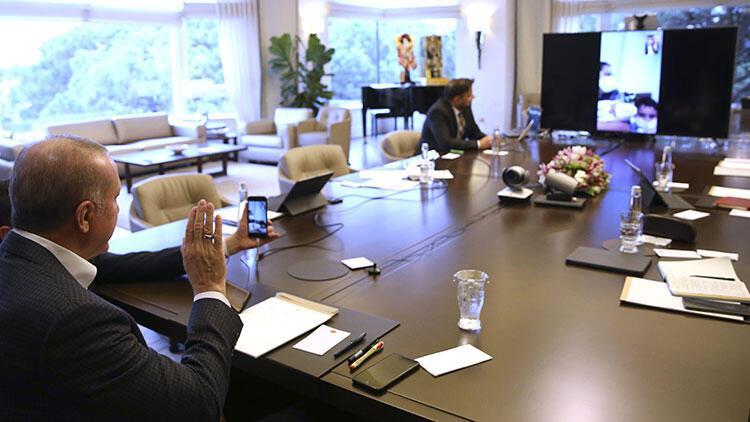 Cumhurbaşkanı Erdoğan'dan karantinada doğum yapan Sevda Gül'e tebrik telefonu