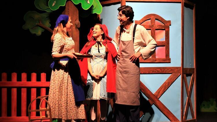Eti Çocuk Tiyatrosu da 'evde'