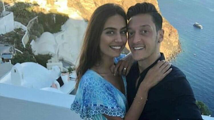 Mesut Özil baba oldu!
