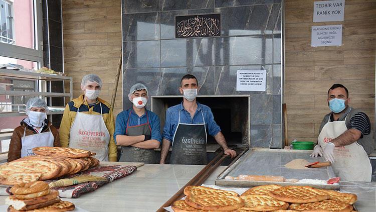 Şanlıurfalı fırıncıdan ihtiyaç sahipleri ile 65 yaş üstü vatandaşlara ücretsiz ekmek