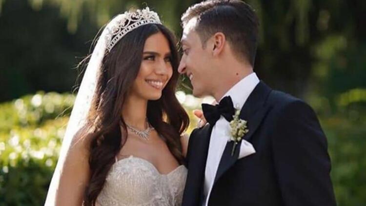Amine Gülşe kimdir? Mesut Özil ve Amine Gülşe çifti bebek sahibi oldu