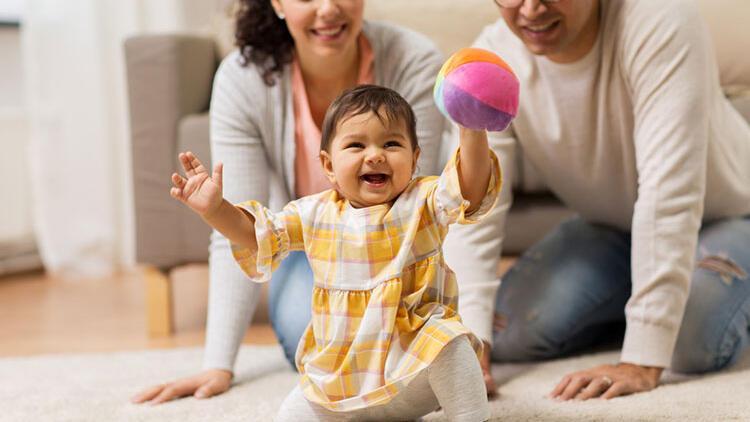 Bebeklerin gelişiminde rolü büyük! Hem eğlensin hem de öğrensin isterseniz...