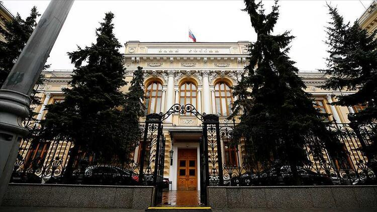 Rusya Merkez Bankası: Ülke GSYH'sinde yüzde 2 kayıp bekleniyor