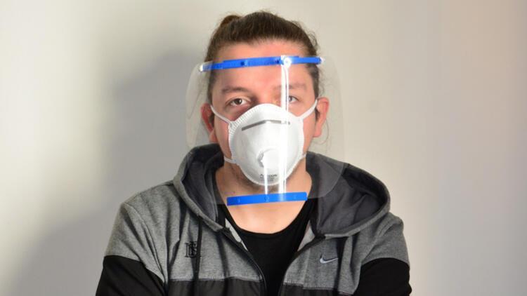 Öğretmen ve öğrencilerden sağlık çalışanlarına maske