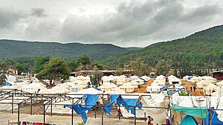 Yunanistan'da ikinci kamp da karantinada