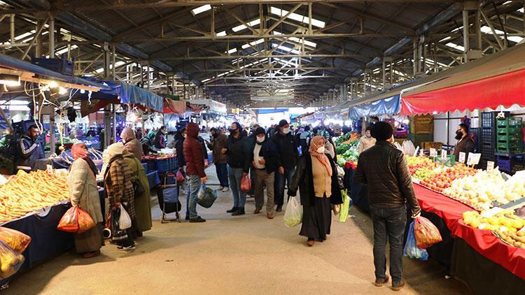 Karasu'da yaklaşık 20 bin kişi yazlıklarına geldi