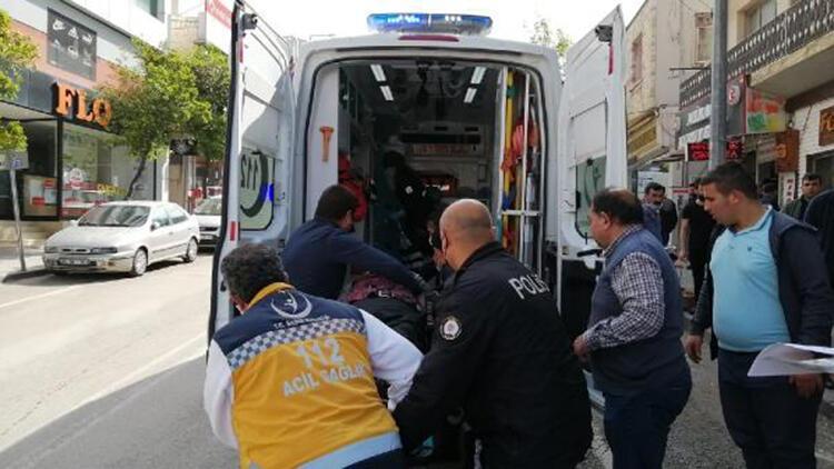 Giyim mağazasında kalp krizi geçiren emekli polis kurtarılamadı