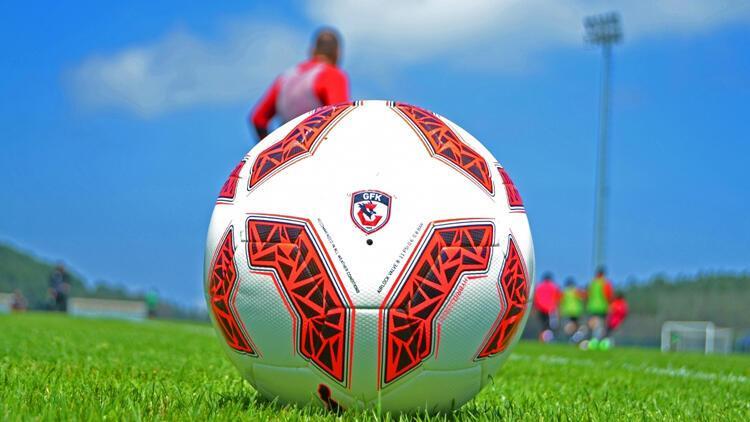 Gaziantep FK'de 4 oyuncu yurt dışındaki ailelerinin yanına gitti