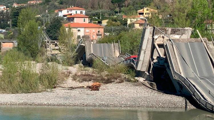 İtalya'da köprü çöktü: 1 yaralı