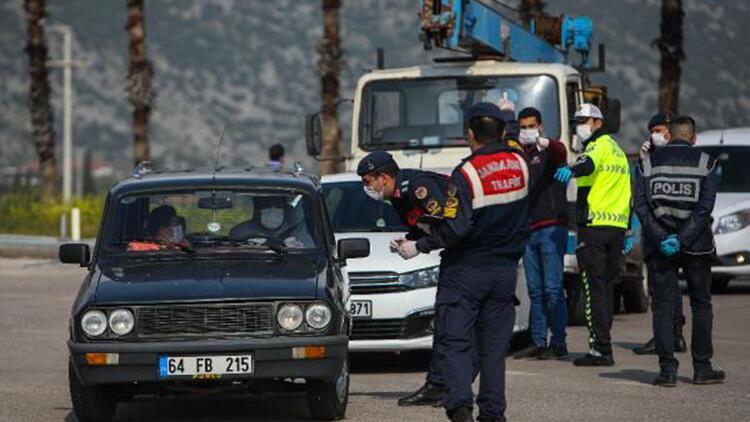 Antalya'da 197 kişiye 196 bin TL korona yasağı cezası