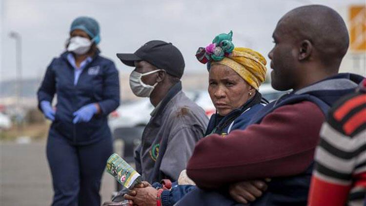Afrika'da Kovid-19 kaynaklı can kaybı 500'ü aştı