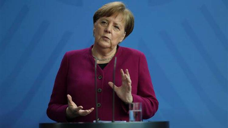 Merkel, Kovid-19 tedbirlerinin daha fazla sıkılaştırılmasına ihtiyaç duymuyor